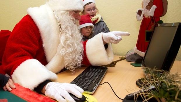 Online ads spoil Christmas surprises, raising privacy concerns