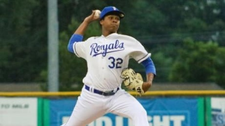 Jays select pitcher Elvis Luciano in Rule 5 draft