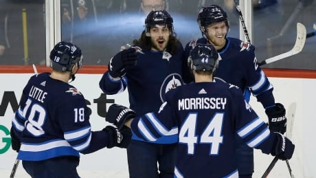 Morrissey scores in OT as Jets edge Oilers for 3rd straight win
