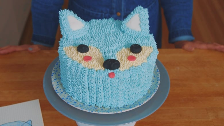 If You Can Pull Off Making This Arctic Fox Cake We Predict You Will Be The Star Of The Holidays Cbc Arts