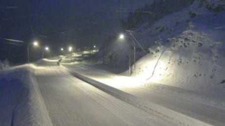 Storm dumps snow on southern highway passes, damages hydro transmission on Sunshine Coast