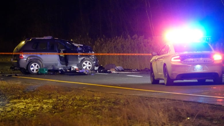 1 woman dead, 5 others in hospital after accident on Highway
