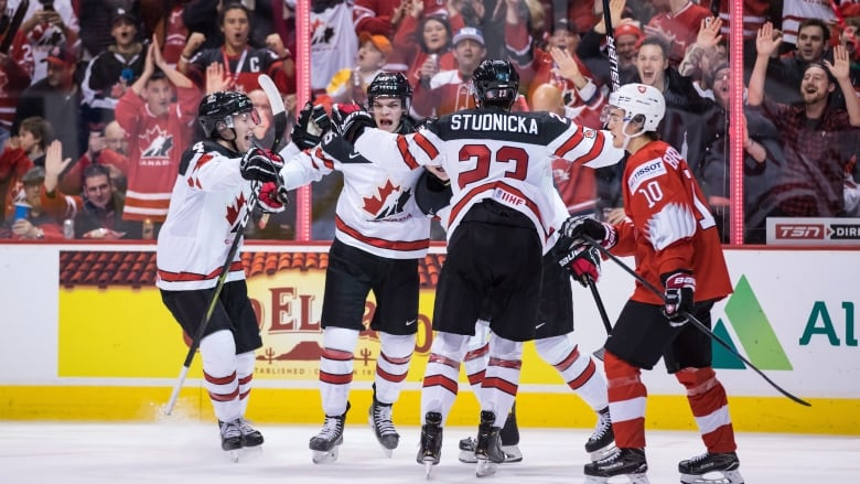 Canada Escapes With Win Over Switzerland At World Juniors Cbc Sports