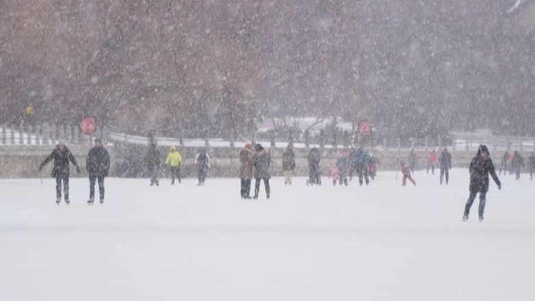 Short winter possible for Ottawa, Environment Canada predicts   CBC News