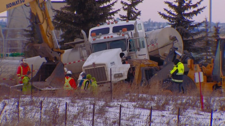 Edmonton man, 48, killed in collision between train and