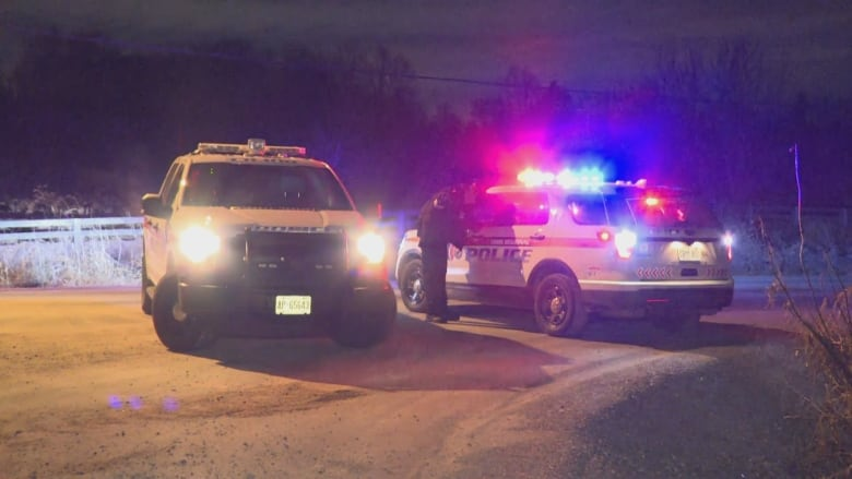 5 teens injured, 2 critically, after vehicle leaves road in Vaughan