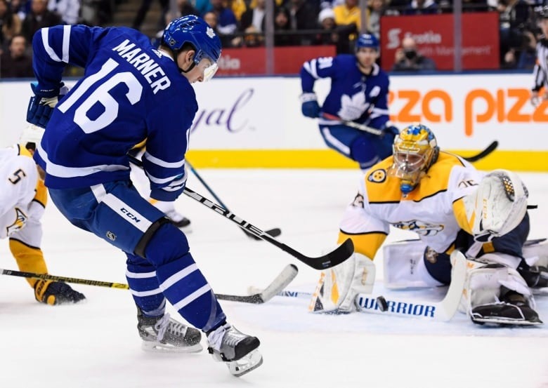 Rinne notches 3rd shutout of season, Predators top Leafs 4-0