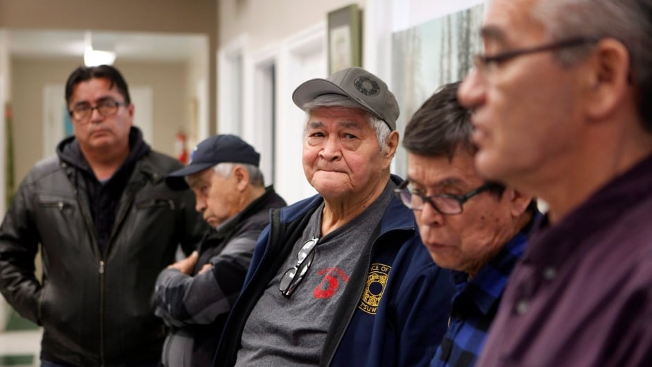 Former treaty negotiator accuses B.C. government of 'picking their Indians' in Wet'suwet'en conflict