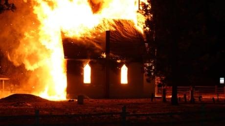 murray-church-fire