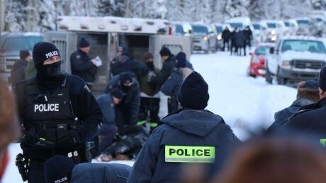 Police at Gidimt'en Jan. 7