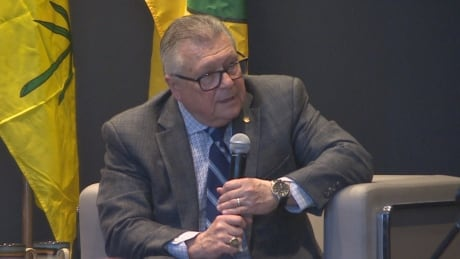 Federal, provincial elections targets for cyberattacks, Goodale warns during lecture at U of Regina
