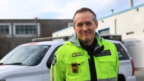 Yellow carbon monoxide monitors 'worth their weight in gold' to B.C. paramedics
