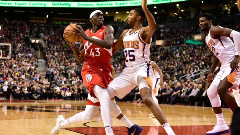 Raptors' Pascal Siakam Sinks Effortless Buzzer Beater to Defeat Suns