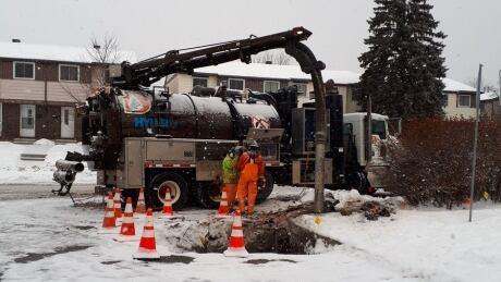 damage gas line ottawa enbridge