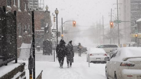 Severe cold coming for Sunday after storm dumps snow across Hamilton-Niagara area
