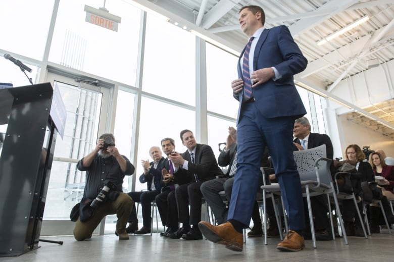 Andrew Scheer courts Quebec with immigration offer but avoids pipeline talk