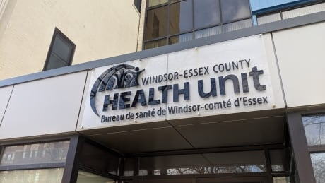 <div>Windsor-Essex health unit 'hopeful' as COVID-19 cases continue to drop</div>