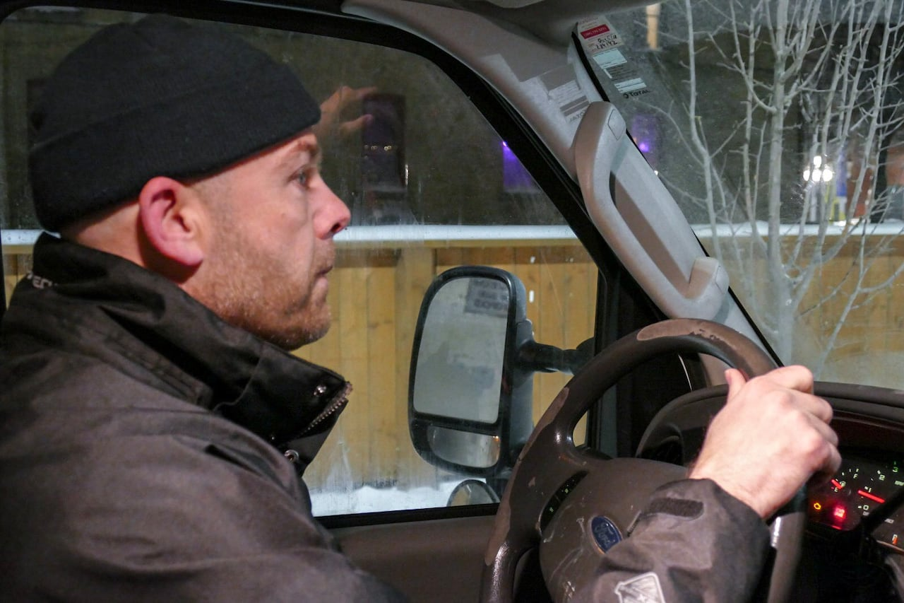 e55b0f13c8 Cold-weather response van lets Winnipeg s shivering homeless know  they re  not alone