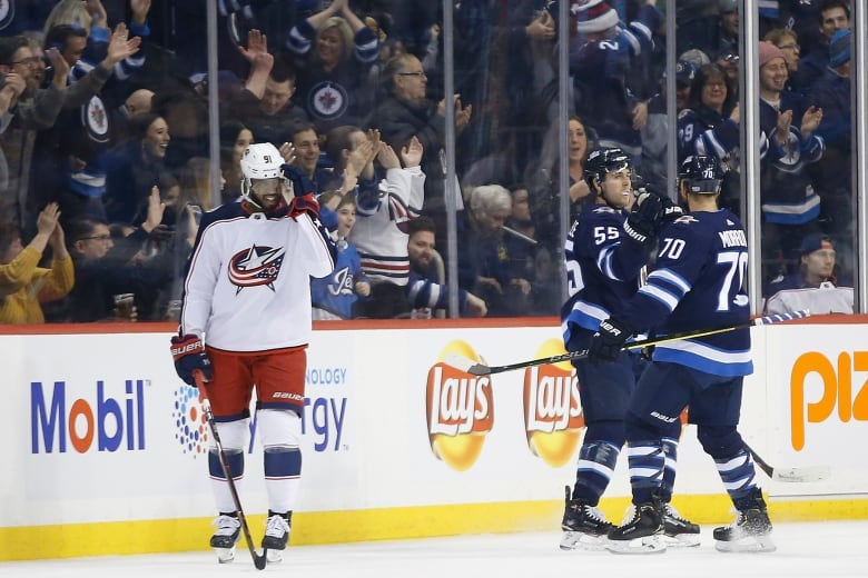 Jets top Blue Jackets for sixth straight home win