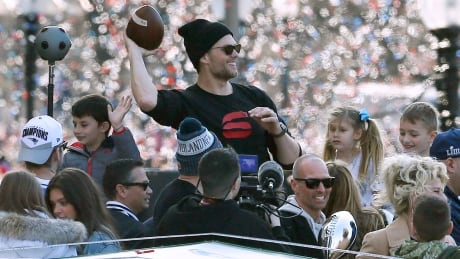 Brady and the boys throw Boston another wicked party