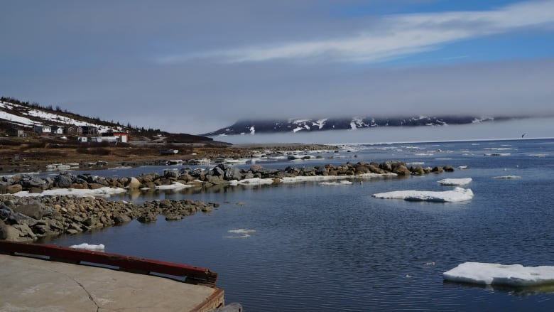 Family overdue on seal hunting trip outside Nain found