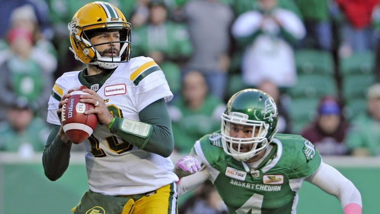Marquee QBs pick their spots on busy first day of CFL free