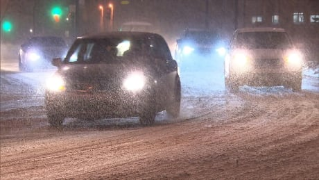 More snow, freezing rain headed to southern Quebec