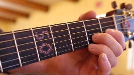 Festival guitar