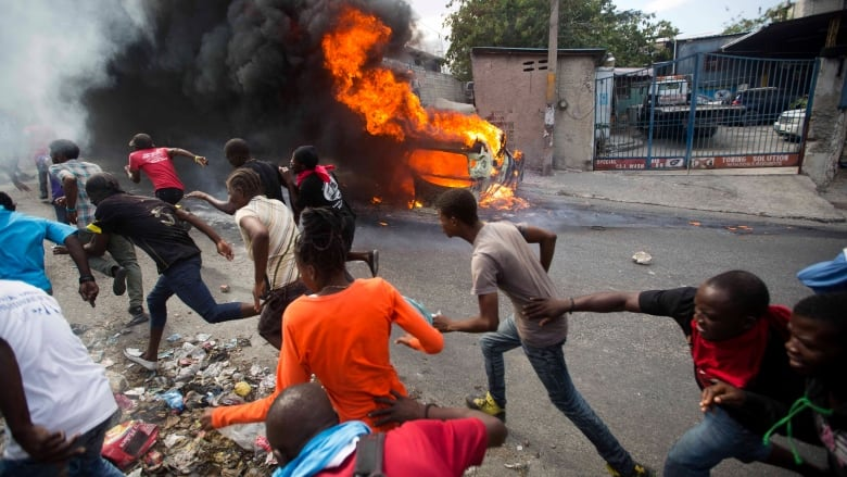 Here's what's fuelling Haiti's violent street protests | CBC