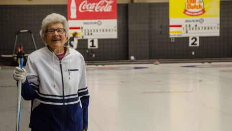 Moose Jaw woman, 99, still confident at the curling rink
