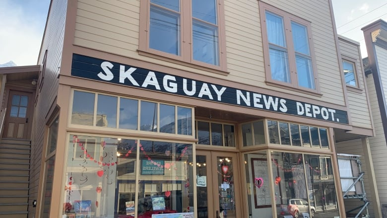 Extra! Extra! Take over this small-town Alaska newspaper, for free
