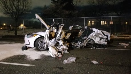 Man dead after serious vehicle collision in Vancouver