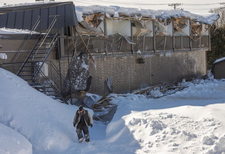 Watch For Early Warning Signs To Avoid Roof Collapse Says