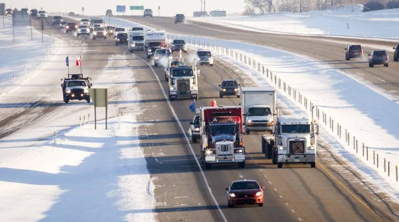Pro-pipeline protest convoy approaches Ottawa after rolling across country