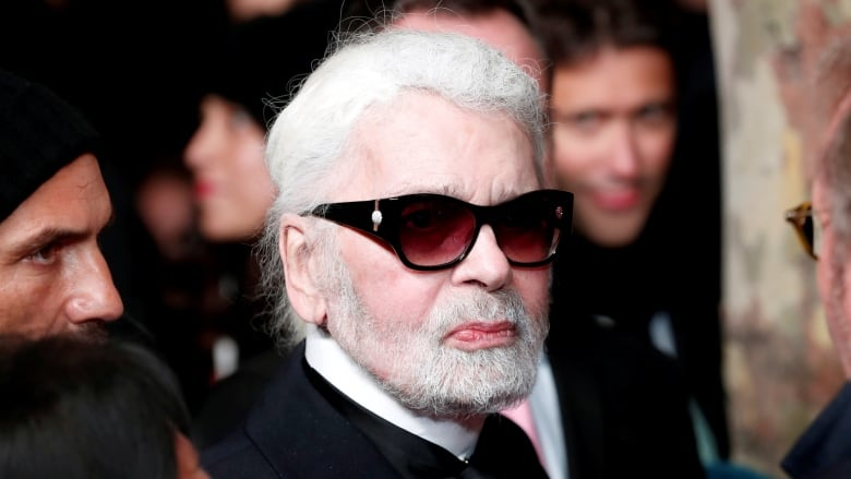 Fashion Designer Karl Lagerfeld Chanels Creative Director Dead At
