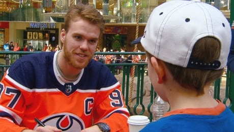 McDavid upbeat despite team's troubles, Oilers CEO says