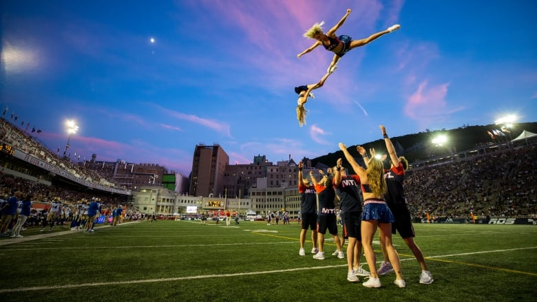 c33fc4ec49a Calling all male dancers  Montreal Alouettes cheerleaders want you to try  out