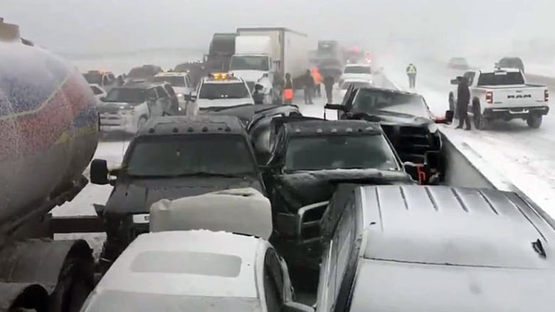 Highway 400 reopens following pileup near Barrie, Ont  | CBC