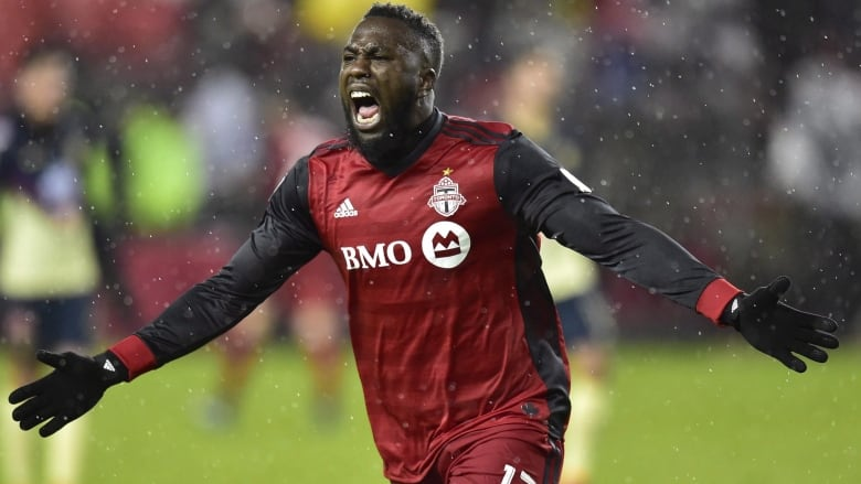 the latest 28acd ab3e4 Jozy Altidore signs new deal with Toronto FC | CBC Sports