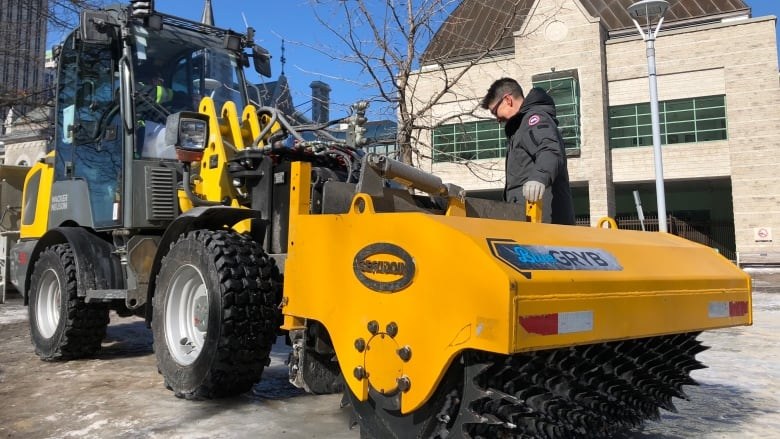 City looking to break the ice with new sidewalk machines