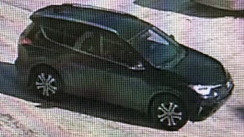 Police seek suspects after southeast Edmonton carjackings