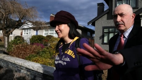 B.C. judge orders RCMP to give Huawei CFO data on devices seized during arrest