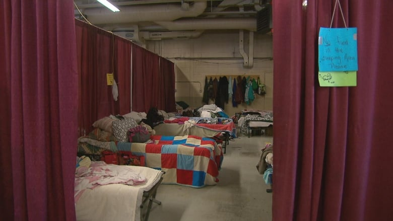 Growing number of newcomers, refugees ending up homeless in