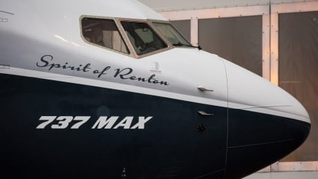 BOEING MAX 737