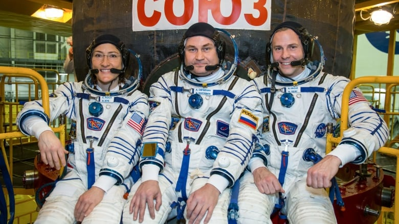 Astronot AS dan Rusia Tiba Dengan Selamat di Stasiun Luar Angkasa
