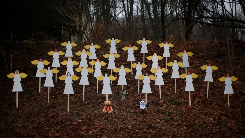 Father of Sandy Hook elementary school shooting victim found dead