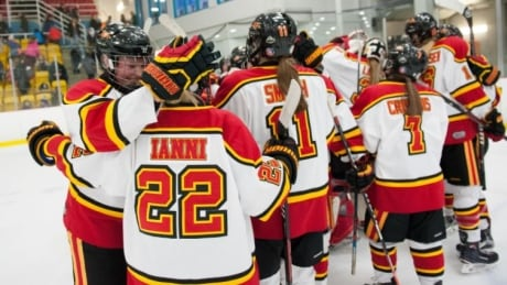 Guelph tops defending champs to advance to U Sports women's hockey semis