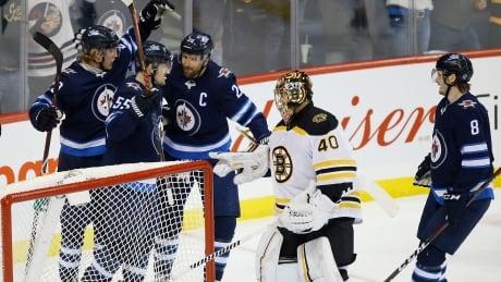 Bruins-Jets