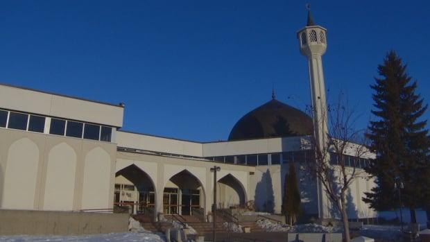 Masjid New Zealand Photo: Edmonton Muslims React With Horror To New Zealand Mosque