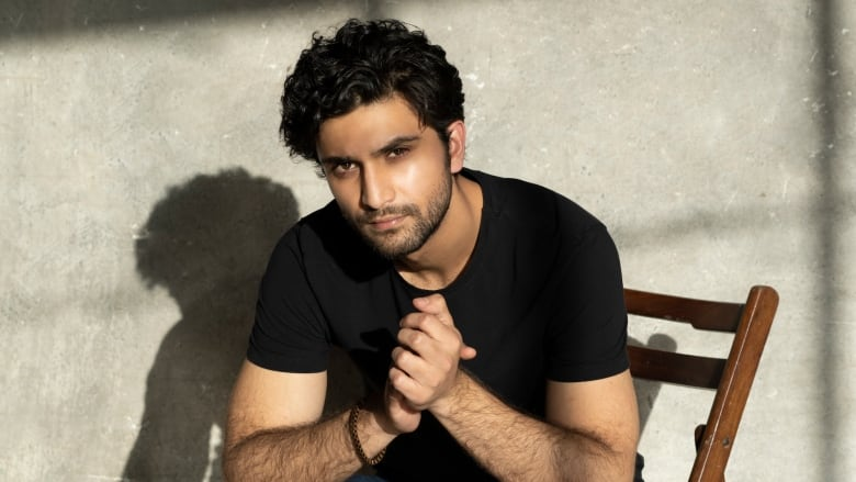 Pakistani star returns to Calgary to play the lead in Hamlet: A Ghost Story